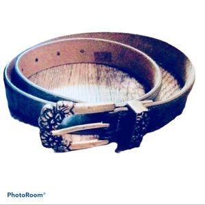 Villaggio Leather Belt With Silver Flowers Buckle